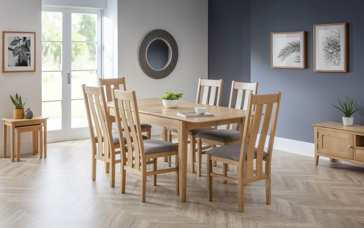 Cotswold table with 4 chairs